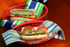SimpleFoodie Chicago Style Hot Dog