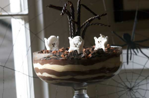 Goblin Goo Pudding Trifle