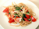 Pasta with Basil and Tomatoes