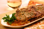 Pork Chops with Apple Chutney