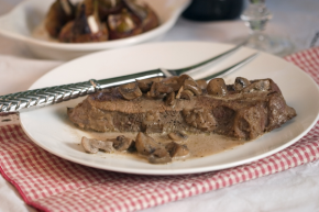 New York Steak with Mushrooms