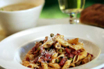 Pasta with Peas and Pancetta