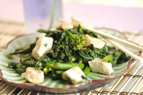 Chicken with Chinese Broccoli